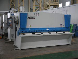 хидравлична машина за срязване на гилотини
