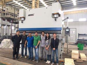 Бразилските клиенти посещават фабрики и купуват пресови спирачни машини