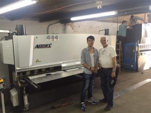 Кипър клиент посещение Преса спирачна машина и Shearing машина в нашата фабрика