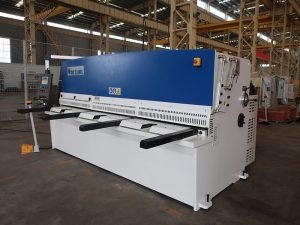 висока точност на рязане QC12Y 4x2500 ламаринен метален срязващ механизъм стоманена плоча хидравлична машина за рязане